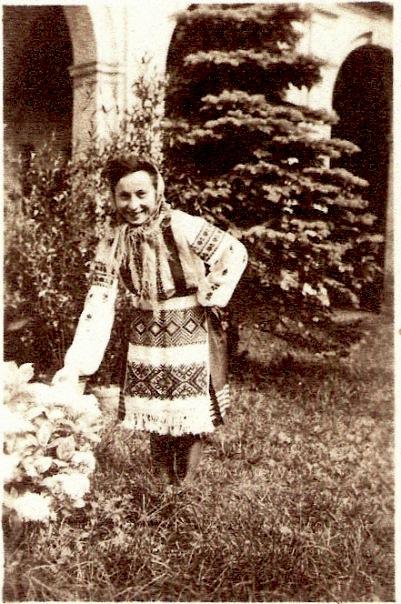 Babcha Ukrainian Costume