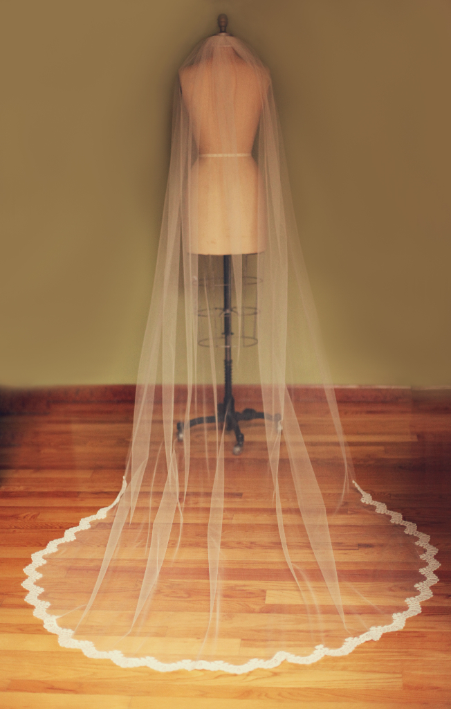 Handmade 5 Silk Tulle Anagrassia Wedding Veil Ivory and Lace